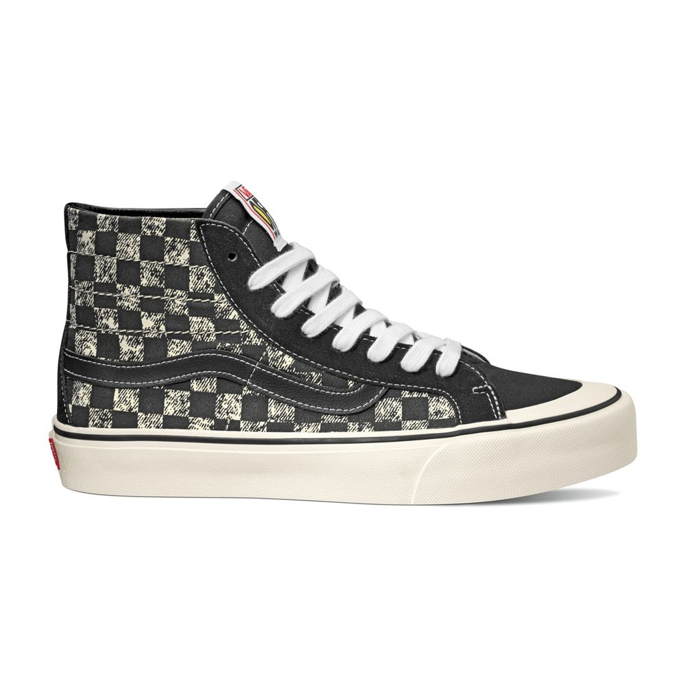 SK8-Hi-138-Decon-SF----Distressed-Checkerboard-B--11M