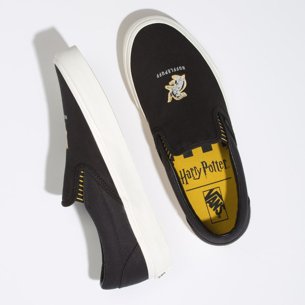 Classic-Slip-On---Harry-Potter--Harry-Potter-Hufflepuff-Brown--5-M