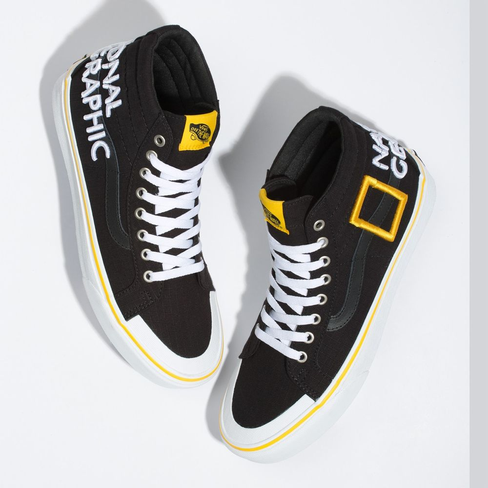 SK8-HI-REISSUE-138-NATIONAL-GEOGRAPHIC-LOGO